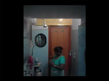 Gorgeous Nude Indian Aunty Seeta Shower