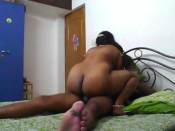 Lakshmi Bhabhi Full Nude Amateur Fucking Video