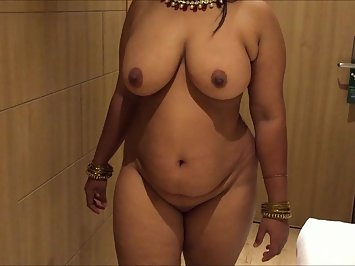 Shiela Bhabhi Soft Juicy Boobs