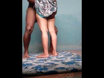 Amateur Desi Hottie Lifiting Sari Fucked Hard